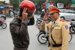 Cảnh sát bảo vệ có quyền xử phạt vi phạm giao thông?